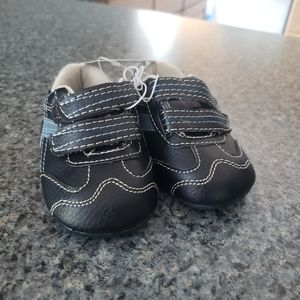 Baby size 2 shoes circo nwt